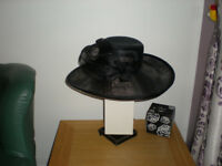BLACK HAT WITH BOX