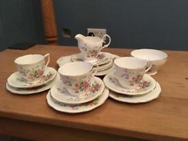 Queen Anne Old Country Spray vintage bone china set 15 pieces shabby chic