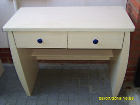 Childrens Curved Desk - Light Beech colour. Matching Drawers available - Collect Buckingham