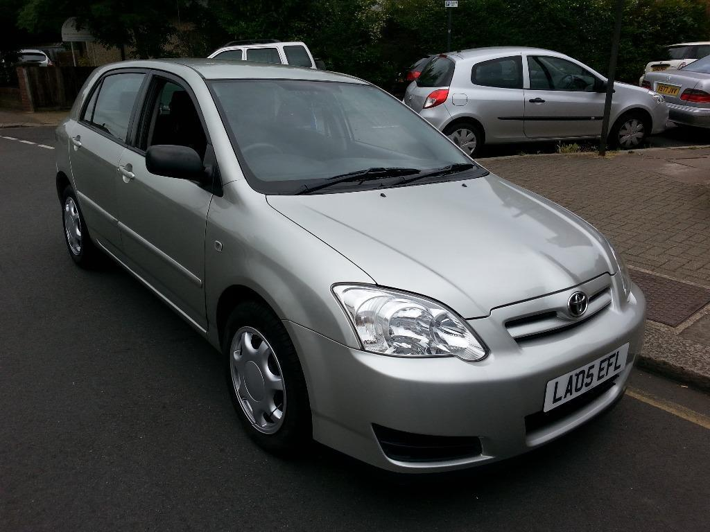 toyota corolla t2 d4d diesel silver 05 plate 1 owner 2 keys service history mot in harrow. Black Bedroom Furniture Sets. Home Design Ideas