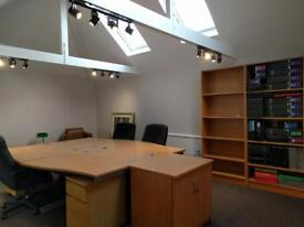 *WATFORD (WD18)* Serviced Office Space to ret, Modern - Central London | 2 to 70 people