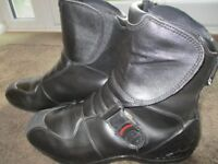 Alpine Stars - Motorcycling Boots, UK Size 9, Cood Condition, Approx £140 New.