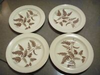 4 x ROYAL VICTORIA WILD COUNTRY SIDE PLATES (pound each)