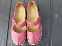 Hotter 'Shake' Dark pink Size 4 1/2 Extra wide fitting