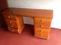 Solid pine bedroom drawer unit