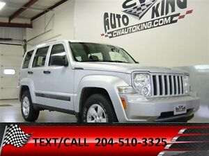 2010 Jeep Liberty Sport / Low Kms / 4x4 / Financing