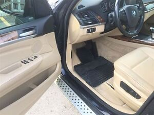 2008 BMW X5 3.0si, Loaded, Leather Panoramic Roof and More !! London Ontario image 11