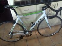 Mens GT Series 5 Road Race Bike,16 speed,