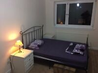 Furnished Double Bedroom to RENT- Hamilton Central - GCH & DG, Parking