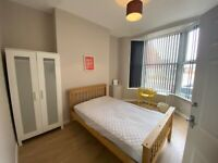 SPACIOUS DOUBLE ROOM AVAILABLE TO RENT!