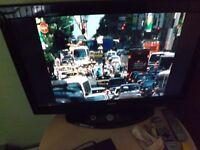 "32"" SANYO TV good working order"