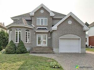 419 000$ - Maison 2 étages à vendre à Mont-St-Hilaire