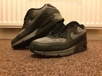 Nike Airmax 90's size Size 6.