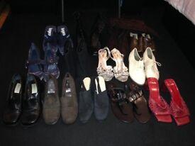 13 pairs / footwear