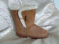 New Chilli Pepper Ugg style chestnut boots, size 6