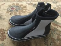 Rooster sailing boots