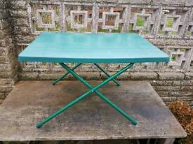 Garden table and chaires