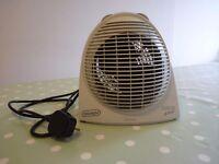 DeLonghi Fan Heater 2400W.