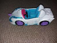 My Little Pony Equestria girls dolls car