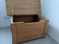**Sold pending collection** Mamas and Papas Ocean set - Cot bed, Dresser and Toy box