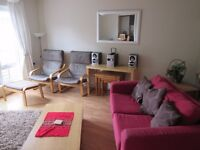 2 bedroom flat to rent in Abbeyhill