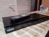 Samsung BD-D5500 Blu-ray 3D Smart Player