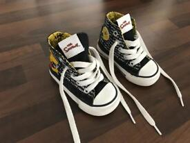 Converse Boys Size 4 Limited Edition Simpsons