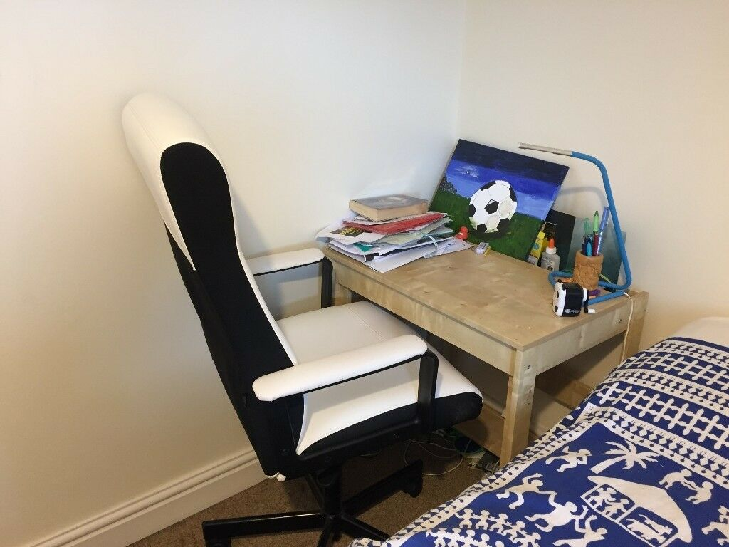 Gently Used Study Desk And Executive Chair In Peterborough