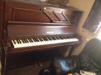 Murdoch Piano excellent condition