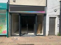 Shop to let in Loughborough Town Centre