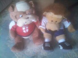 England Football Bulldog & Lion Large Soft Toys