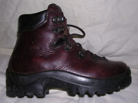 Scarpa boots for sale. Leather. Very good condition. Size 37. Italian made. Hiking, rambling, climb