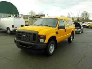 2008 Ford F-250 SD XL SuperCab Regular Box with Canopy 4WD