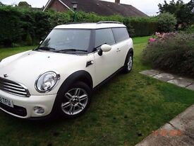 Mini Clubman 1.6 manual -2012 very low miles excellent condition Pepper white & lots of upgrades