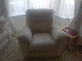 Reclining chair electric