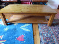 Coffee table for sale/ 20 pounds