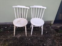 A pair of Vintage/Retro dining chairs