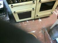 Black & cream 110cm Range master 110cm gas cooker grill & double ovens good condition with guarantee