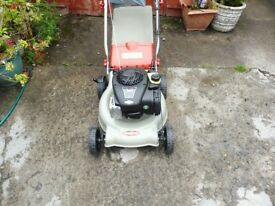 "NEW LAWNKING 18"" CUT SELF PROPELLED LAWNMOWER WITH BRIGGS ENGINE"