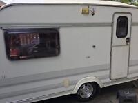 Lunar 2 Berth Caravan 1995
