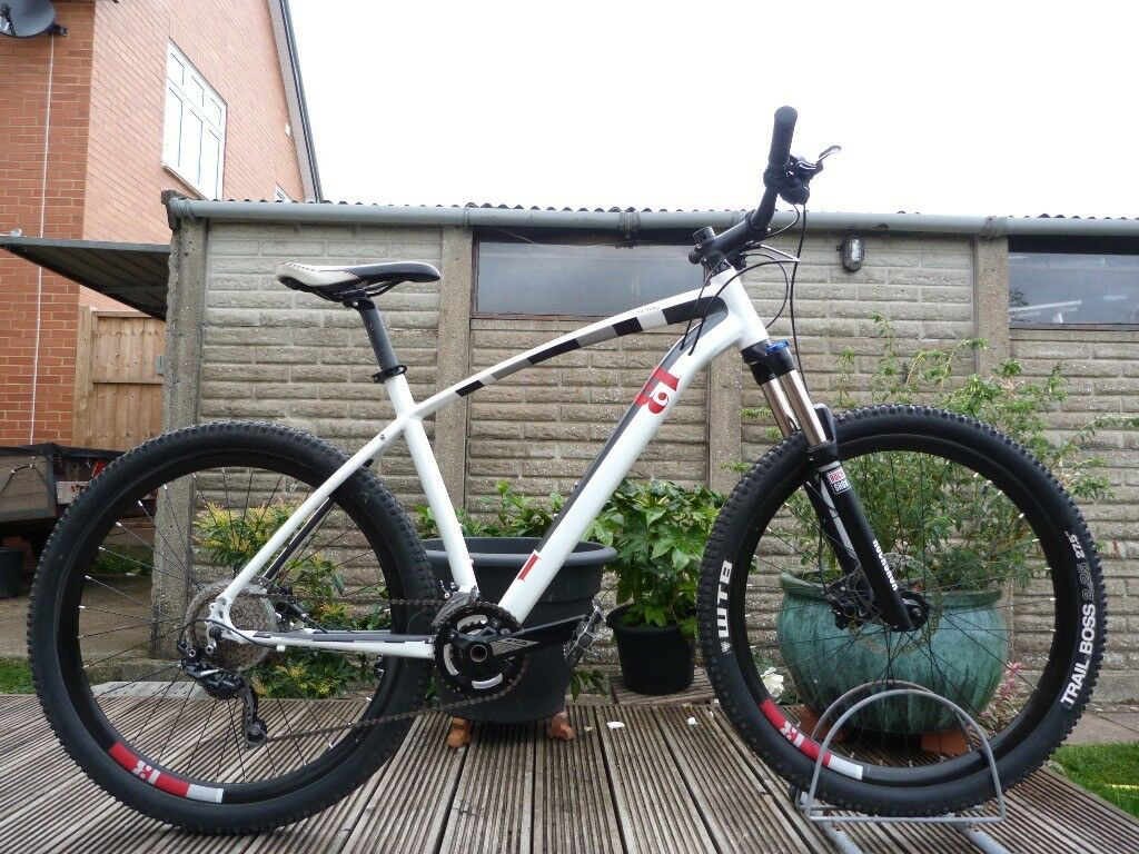 13 Incline Beta Hardtail Mountain Bike 20\