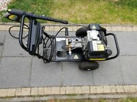 Karcher HD830 BS petrol power washer with Honda 5PH engine, can deliver