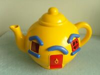 Large Vintage Big Yellow Teapot by Bluebird Toys c1981