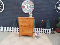 PINE CHEST OF DRAWERS WITH 5 DRAWERS IN VERY GOOD CONDITION 72/40/94 cm £45