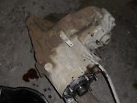 FOR REBUILD OR CORE: Transfer Case from 1999 GMC Yukon