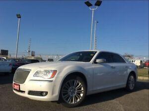 2013 Chrysler 300C LUXURY**HEMI**AWD**LEATHER**NAV**BACK UP CAM*