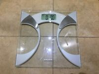 Salter Ultra Slim Glass Body Analyser Weighing Scales