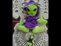LARGE & SMALL ALIEN SOFT TOYS. LOTS OF SOFT TOYS FOR SALE. BEDROOM. NURSERY. COLLECTABLES