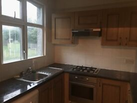 VERY NICE FIVE BEDROOM HOUSE TO LET AT KITCHENER ROAD. LONDON E7 8JN AREA.