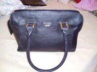 Leather Handbag - Paul Costelloe- 17.99£
